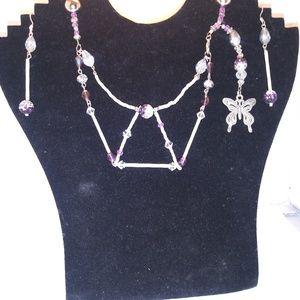 Jewelry - Necklace set
